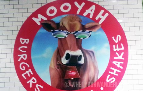 Mooyah Sign